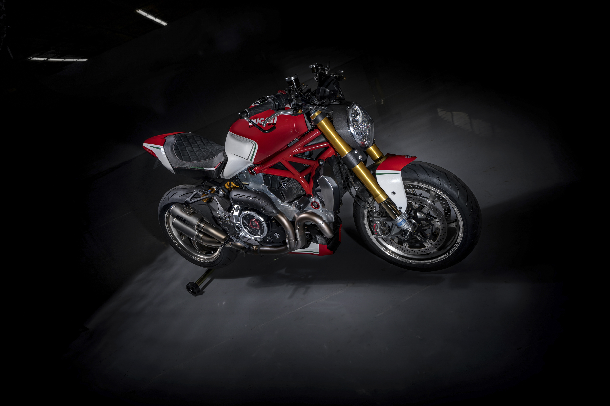 motovation ducati monster 1200s project tricolore custom