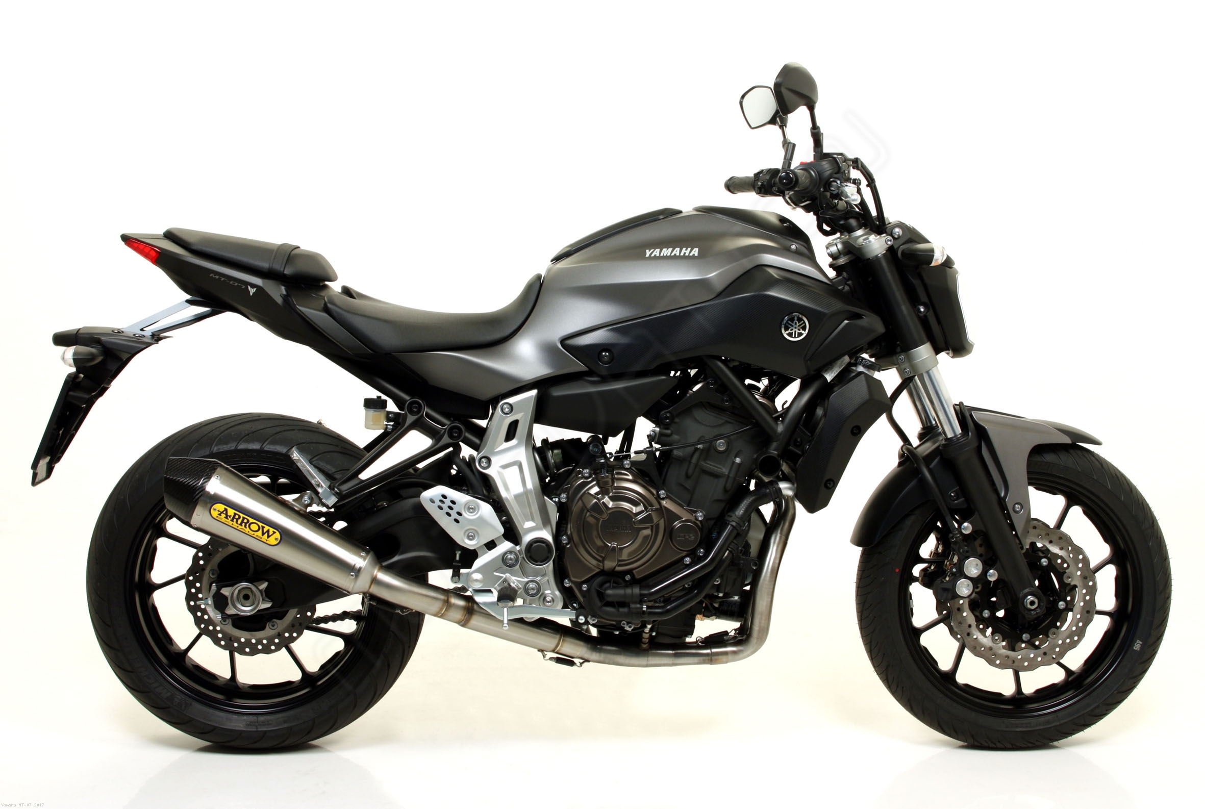 x kone exhaust system by arrow yamaha mt 07 2017 71817xki 71605mi. Black Bedroom Furniture Sets. Home Design Ideas