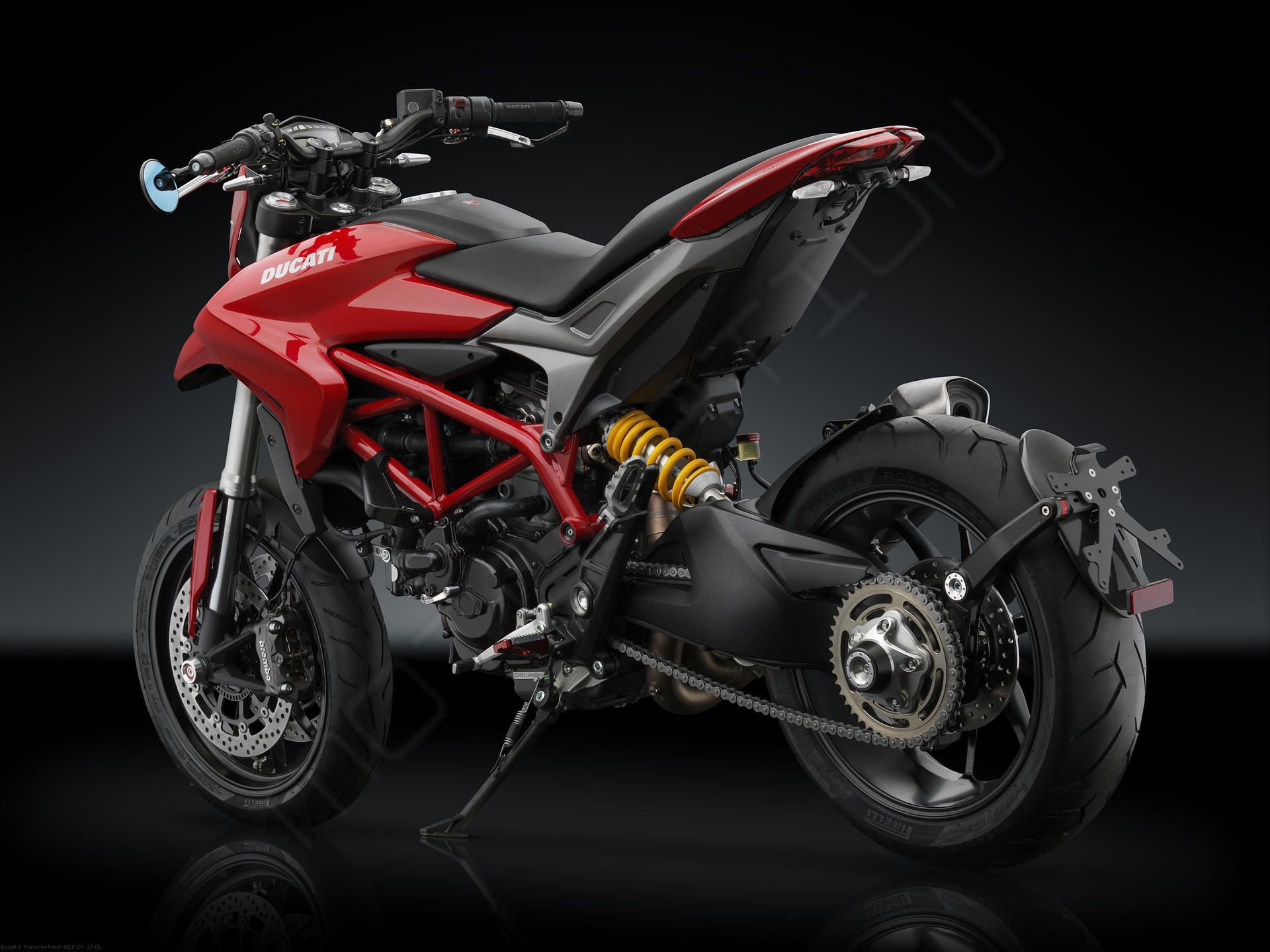 water pump guard by rizoma ducati hypermotard 821 sp 2015 pm353. Black Bedroom Furniture Sets. Home Design Ideas
