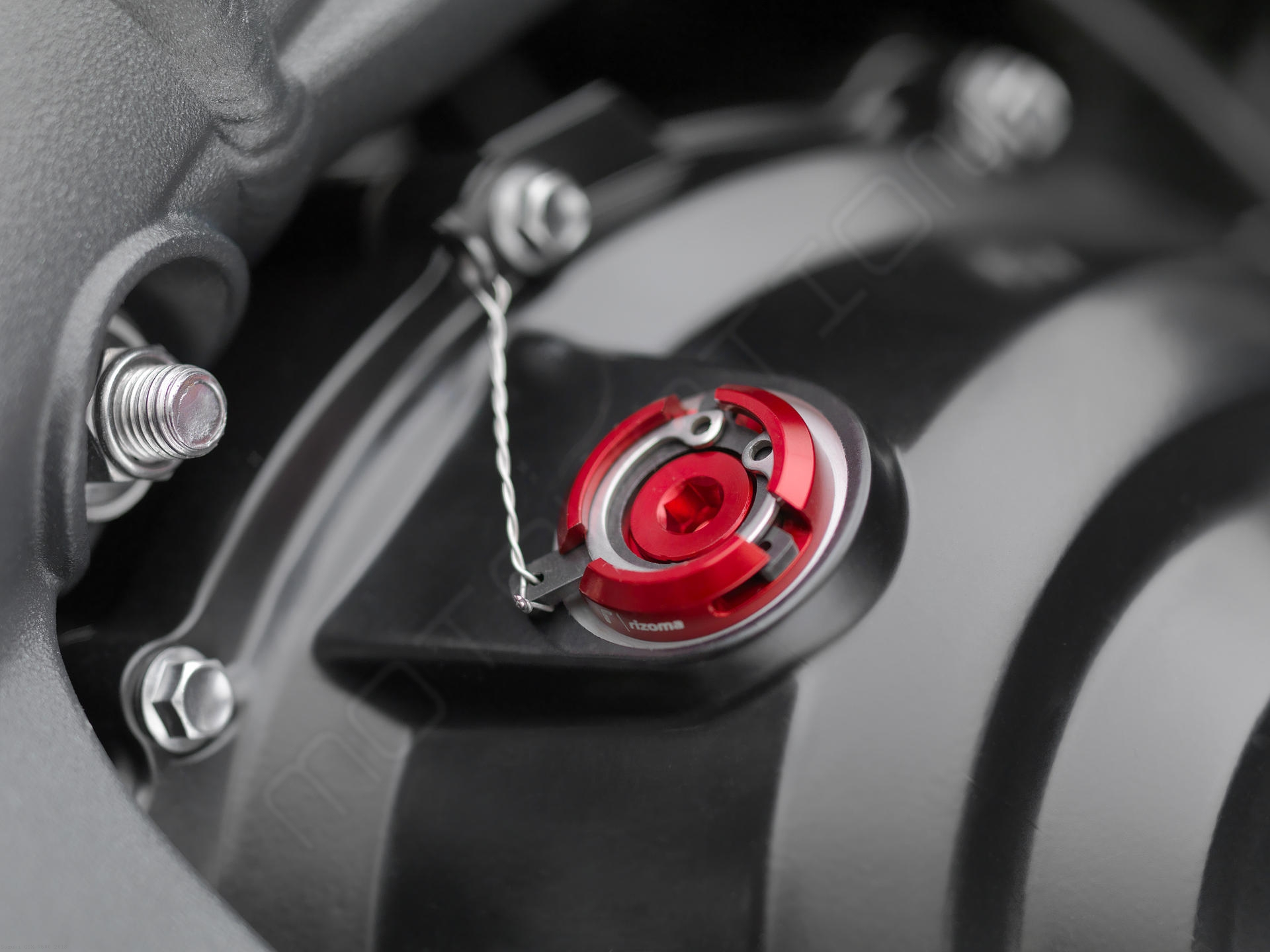 ... Rizoma Engine Oil Filler Cap TP009 Suzuki / GSX R600 / 2018 ...