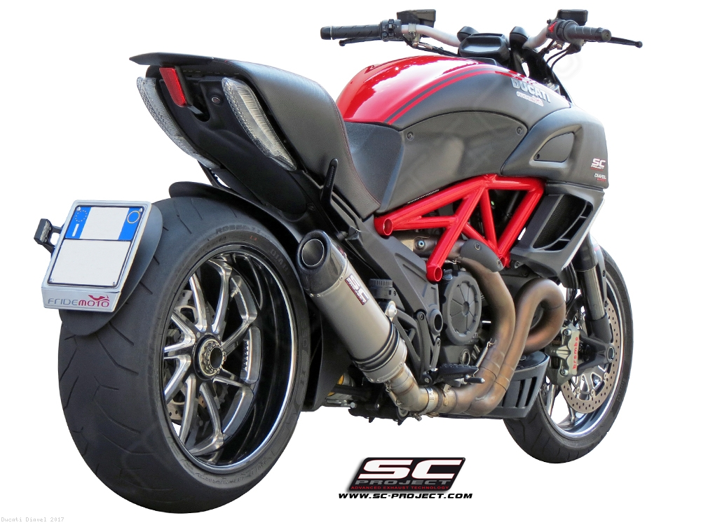 oval exhaust by sc project ducati diavel 2017 d08 01. Black Bedroom Furniture Sets. Home Design Ideas
