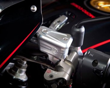 Billet Reservoirs for Brembo Radial Master Cylinders on Naked Bikes by MotoCorse