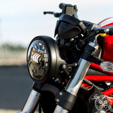 Adaptive LED Headlight Conversion Kit by Motodemic Ducati / Monster 1200R / 2016