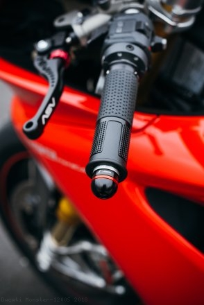 Ride by Wire LUX Billet Aluminum Grips by Rizoma Ducati / Monster 1200S / 2018