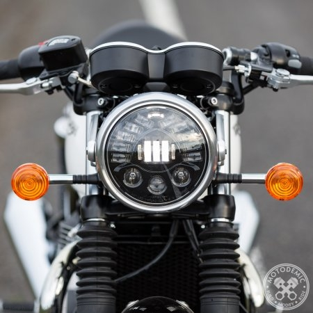 Adaptive LED Headlight Conversion Kit by Motodemic Triumph / Thruxton R 1200 / 2017