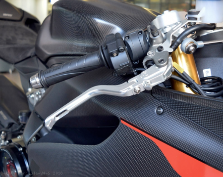 Folding Brake And Clutch Levers by MotoCorse Ducati / Panigale V4 S / 2018