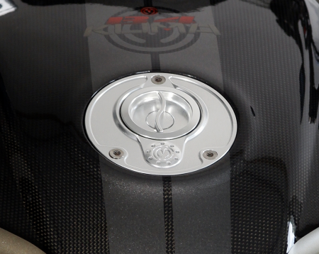 Quick Release Gas Cap by Moto Corse