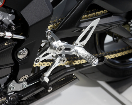 Rearsets by MotoCorse MV Agusta / Brutale 800 Dragster RR / 2017