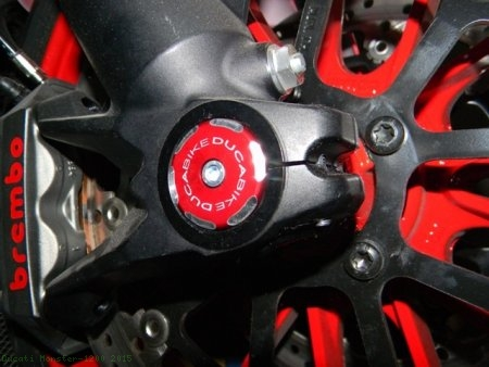 Right Side Front Wheel Axle Cap by Ducabike Ducati / Monster 1200 / 2015