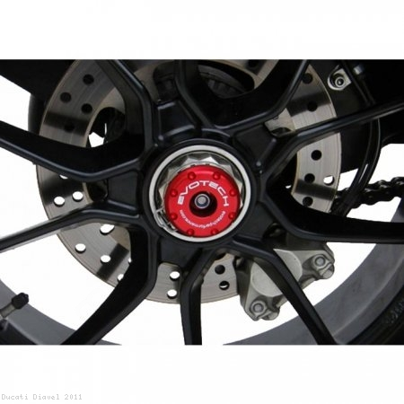 Rear Axle Sliders by Evotech Performance Ducati / Diavel / 2011