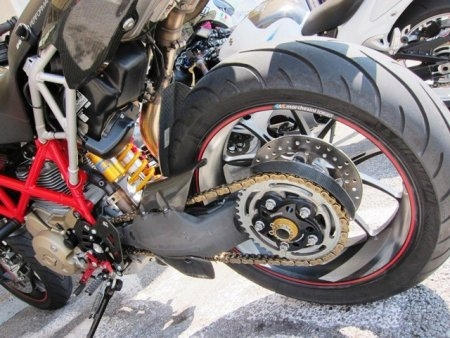 Rear Sprocket Carrier Nut by Ducabike Ducati / Hypermotard 796 / 2009