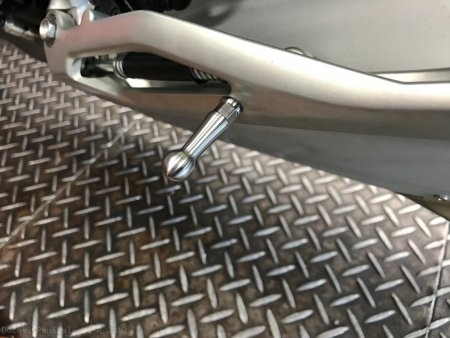 Side Stand Assist Knob by AELLA Ducati / Panigale V4 R / 2019