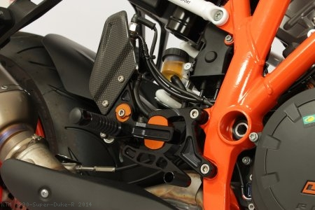 VCR Adjustable Rearsets by Gilles Tooling KTM / 1290 Super Duke R / 2014