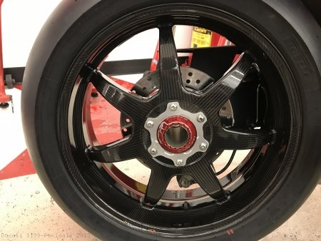 Rear Wheel Axle Nut by Ducabike Ducati / 1199 Panigale / 2013