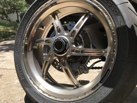 Rear Wheel Axle Nut by Ducabike Ducati / Multistrada 1200 / 2012