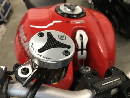Carbon Inlay Front Brake and Clutch Fluid Tank Cap Set by Ducabike Ducati / Hypermotard 1100 / 2007