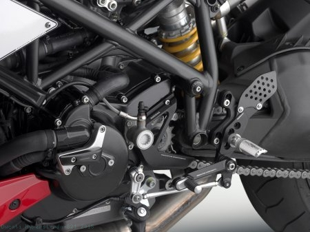 Water Pump Slider by Rizoma Ducati / Hyperstrada 821 / 2015