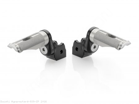 Eccentric Adjustable Footpeg Adapters by Rizoma Ducati / Hypermotard 939 SP / 2016