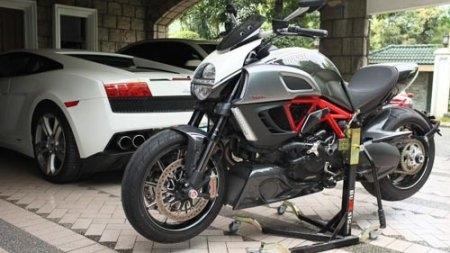 BURSIG Racing Stand with Wheels and Bike Adapter Ducati / Scrambler 800 Cafe Racer / 2018