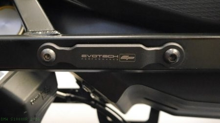 Exhaust Hanger Bracket with Passenger Peg Blockoff by Evotech Performance BMW / S1000XR / 2016